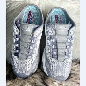 Skechers D`Lites Air Cooled Memory Gray/White 9